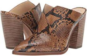 Vince Camuto Crissidy