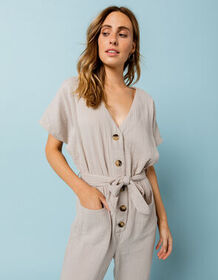 WEST OF MELROSE Armed With Charm Gray Womens Jumps