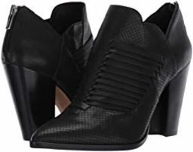 Vince Camuto Levana