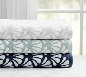 Pottery Barn Madelyn Organic Jacquard Towel