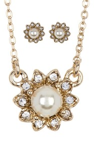 Marchesa Imitation Pearl Necklace & Earrings Set