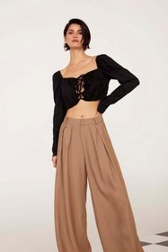 Nasty Gal Womens Black Quick Fix Lace-Up Crop Top