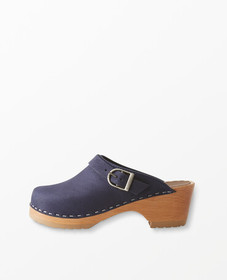 Hanna Andersson Handcrafted Clogs By Hanna in Navy