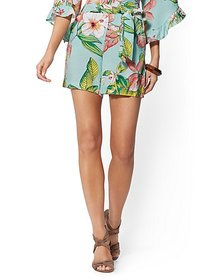 6 Inch Madie Short - Floral - 7th Avenue - New Yor