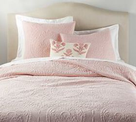 Pottery Barn Velvet Medallion Quilt & Shams - Soft