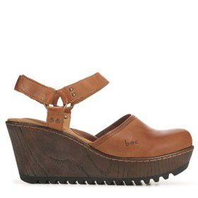 B.O.C. Women's Rina Wooden Clog Wedge Shoe