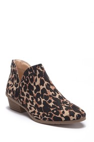 Kenneth Cole Reaction Side Way Leopard Print Ankle