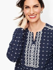 Talbots Embroidered Clip Dot Popover