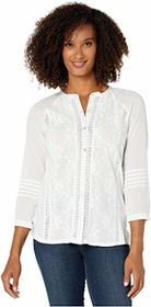 Lucky Brand Embroidered 3/4 Sleeve Shirt