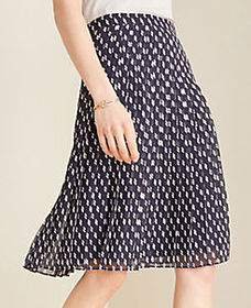 Dashed Pleated Skirt