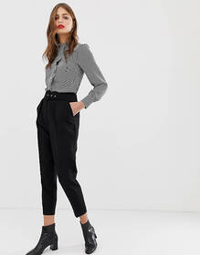 Oasis tapered pants with belt in black