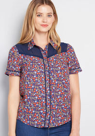 ModCloth Still Indie You Button-Up Top in Floral