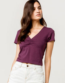 IVY & MAIN Cinched V-Neck Plum Womens Crop Tee_
