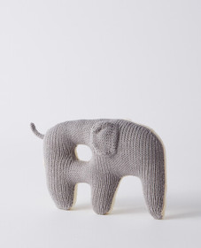 Hanna Andersson Elephant Rattle in Dove Grey/White