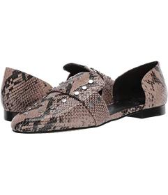 Vince Camuto Wenerly
