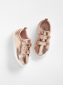 Toddler Classic Strappy Sneakers