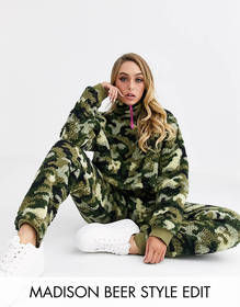 ASOS DESIGN lounge camo borg fleece set