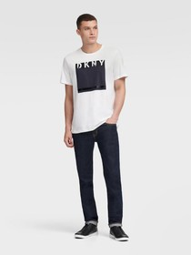 Donna Karan BOX GRAPHIC DKNY LOGO TEE