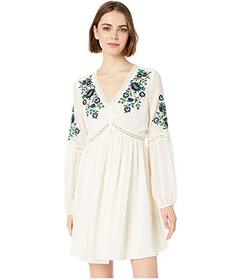 Cupcakes and Cashmere Lynsey Embroidered Peasant D
