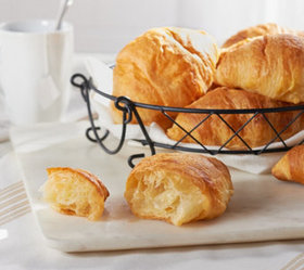 Authentic Gourmet 60 Large French Butter Croissant