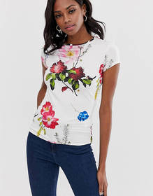 Ted Baker Fitted t-shirt in berry sundae