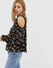 QED London floral cold shoulder blouse