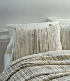 Southern Living Simplicity Turner Matelasse Coverl