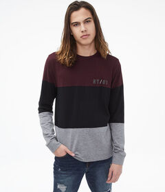 Aeropostale Long Sleeve Colorblocked Stretch Graph
