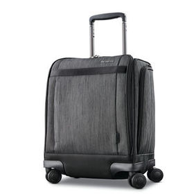 Samsonite Samsonite SXK Spinner Underseater in the