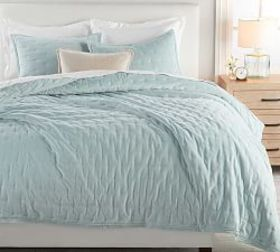 Pottery Barn Velvet Tufted Quilt & Shams - Blue Ha