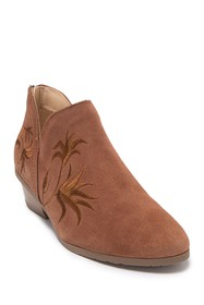 Kenneth Cole Reaction Side Gig Suede Ankle Bootie