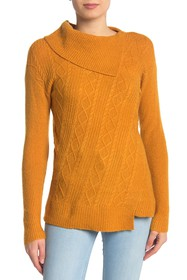 Design History Split Collar Cable Knit Sweater