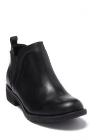 Sofft Bryanne Leather Chelsea Boot