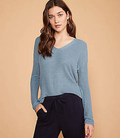 Lou & Grey V-Neck Tunic Sweater