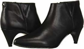 Kenneth Cole Reaction Kick Shootie