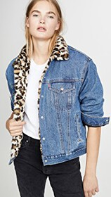 Levi's Oversized Reversible Faux Fur Trucker Jacke