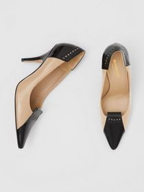 Burberry Brogue Detail Two-tone Leather Pumps in N