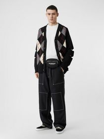 Burberry Cut-out Detail Merino Wool Cashmere Cardi