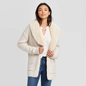 Women's Long Sleeve With Removable Faux Fur Eyelas