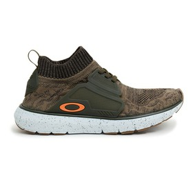 Oakley Stride 2.0 Running Sneakers - Grenadine