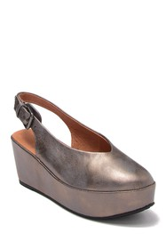 Gentle Souls by Kenneth Cole Nyomi Platform Pump