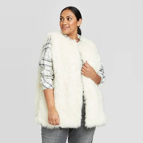 Women's Plus Vest Jacket - Universal Thread