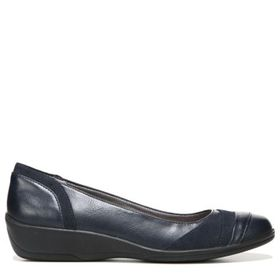 LifeStride Women's Indeed Medium/Wide Flat Shoe