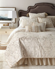 Austin Horn Collection Chateau Queen Comforter