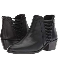 Vince Camuto Pippsy