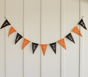 Pottery Barn Trick or Treat Garland