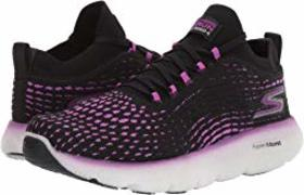 SKECHERS Max Road 4