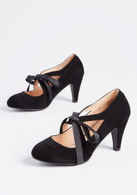 Bow My Darling Mary Jane Heel Black