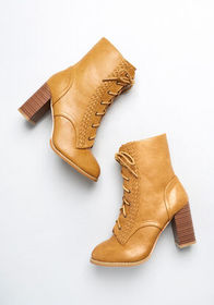 Royal Monk Going Steady Lace-Up Ankle Boot Camel