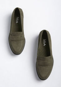 Dapper Sensibilities Loafer in Olive